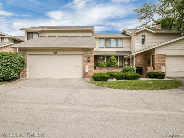 7479 Pebble Lane #203, West Bloomfield Twp, MI 48322 (#219071504) :: Duneske Real Estate Advisors