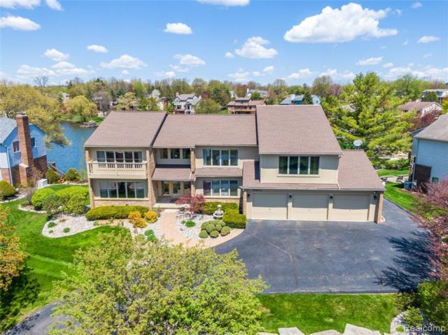 8453 Harbortowne Drive, Springfield Twp, MI 48348 (#219071611) :: Duneske Real Estate Advisors