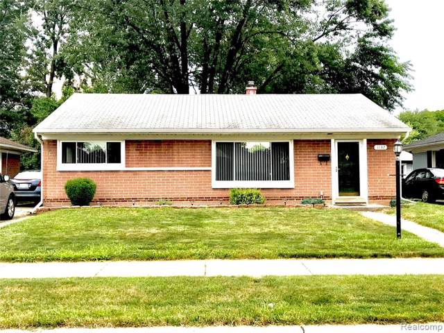 1137 E Dallas Avenue, Madison Heights, MI 48071 (#219071768) :: Alan Brown Group