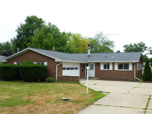 5465 Waterford Road, Independence Twp, MI 48346 (#219072063) :: The Alex Nugent Team   Real Estate One