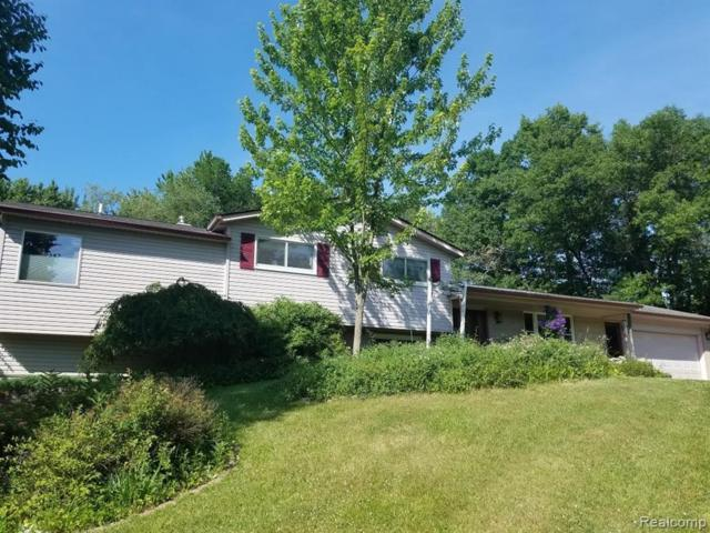 940 Rowland Road, Addison Twp, MI 48367 (MLS #219072096) :: The Toth Team