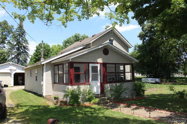 616 W Lawrence Avenue, Charlotte, MI 48813 (#219072340) :: The Alex Nugent Team | Real Estate One