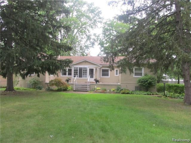 3450 Emmons Avenue, Rochester Hills, MI 48307 (#219072400) :: Team Sanford