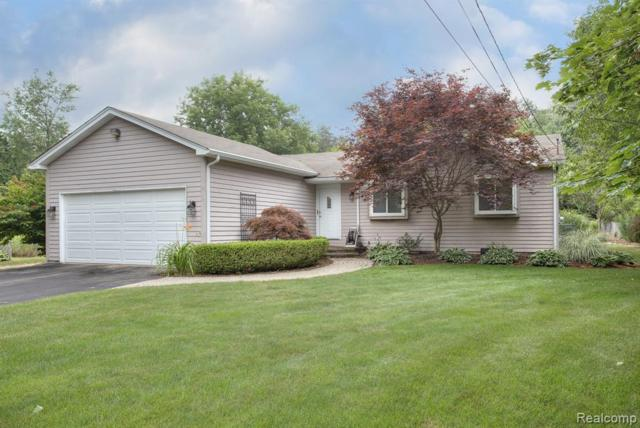 6583 Maple Drive, Independence Twp, MI 48346 (#219072463) :: The Alex Nugent Team   Real Estate One