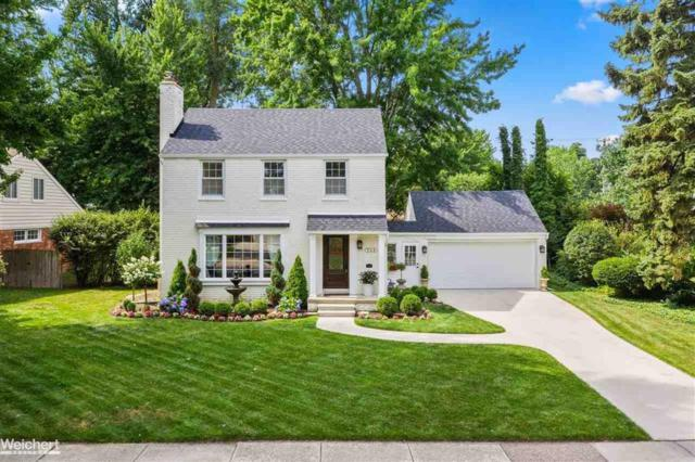549 Hawthorne, Grosse Pointe Woods, MI 48236 (#58031388056) :: Alan Brown Group