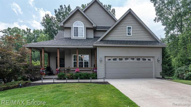 4163 West Pointe Drive, Waterford Twp, MI 48329 (MLS #219072917) :: The Toth Team