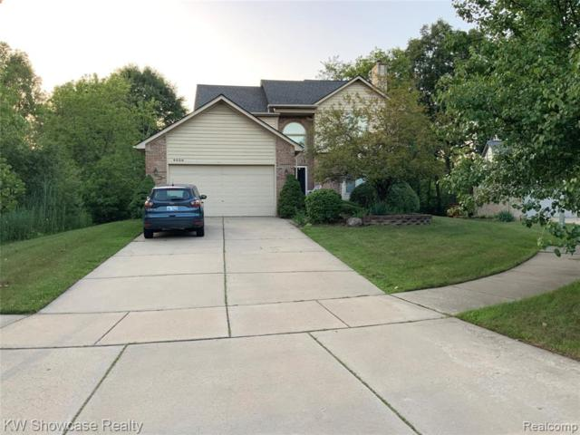 6036 Jennifer Crescent, West Bloomfield Twp, MI 48324 (#219073013) :: The Buckley Jolley Real Estate Team