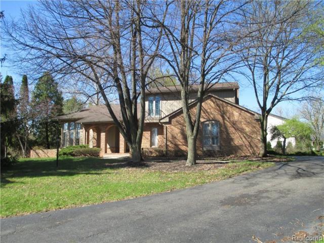 5478 Walnut Knoll Court, West Bloomfield Twp, MI 48323 (#219073114) :: RE/MAX Nexus