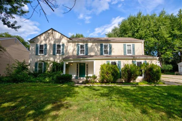 5544 S Piccadilly, West Bloomfield Twp, MI 48322 (#543267468) :: GK Real Estate Team