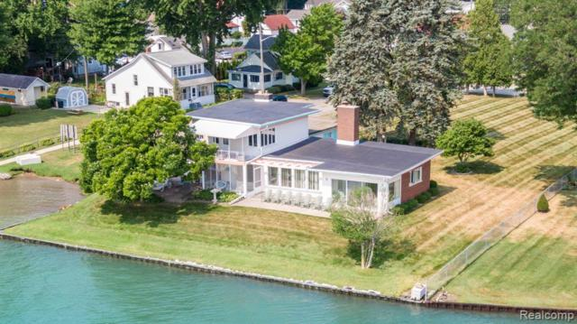250 Riverview Street, Marine City, MI 48039 (MLS #219074680) :: The Toth Team