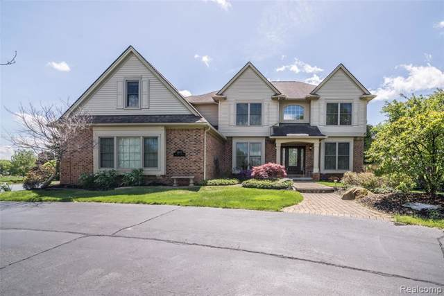 3105 Exeter Drive, Milford Twp, MI 48380 (#219074803) :: RE/MAX Classic