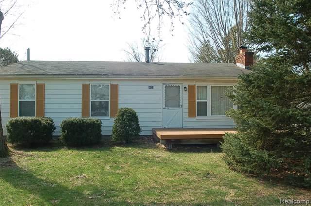 8171 Lakeshore Road, Burtchville Twp, MI 48059 (#219075429) :: The Buckley Jolley Real Estate Team