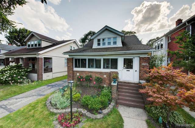 1233 Beaconsfield Avenue, Grosse Pointe Park, MI 48230 (#219076279) :: RE/MAX Classic
