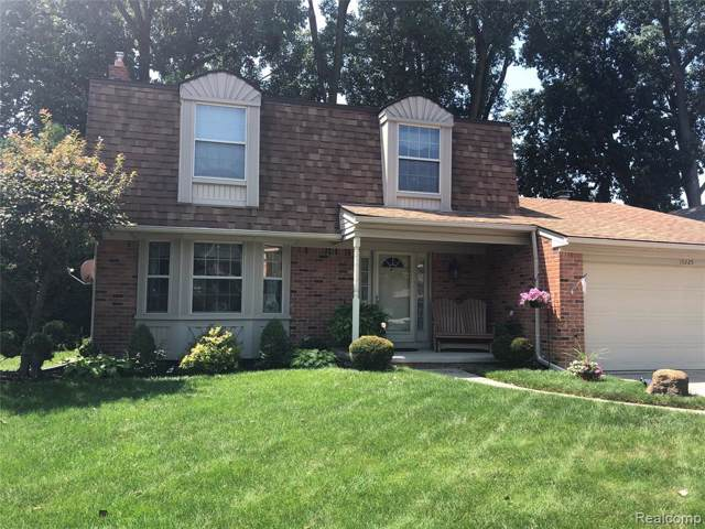 15225 Riverside Street, Livonia, MI 48154 (#219076442) :: The Buckley Jolley Real Estate Team