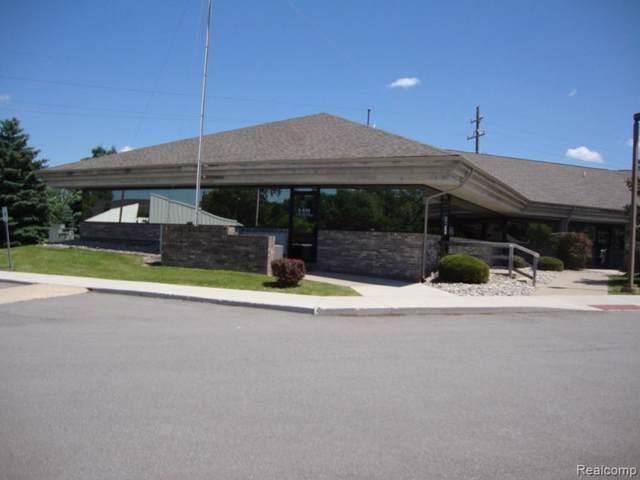 1100 S Linden Road, Flint Twp, MI 48532 (MLS #219077944) :: The John Wentworth Group