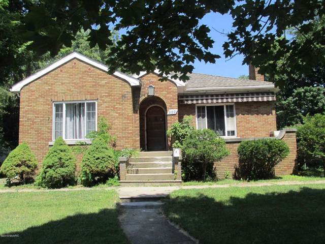 200 W Chicago St, COLDWATER CITY, MI 49036 (#62019037436) :: Team Sanford
