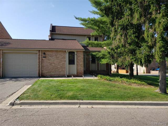 2959 Moon Lake Drive, West Bloomfield Twp, MI 48323 (#219079665) :: RE/MAX Classic