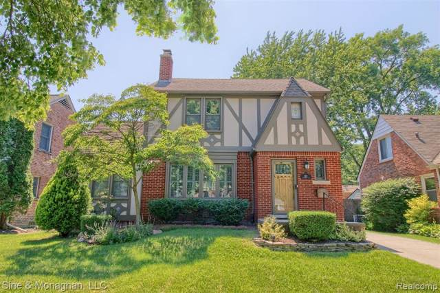 827 University Pl, Grosse Pointe, MI 48230 (#219080089) :: RE/MAX Classic