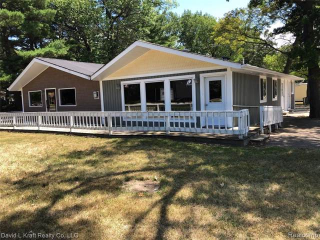 7039 Main Street, Caseville, MI 48725 (MLS #219080421) :: The Toth Team