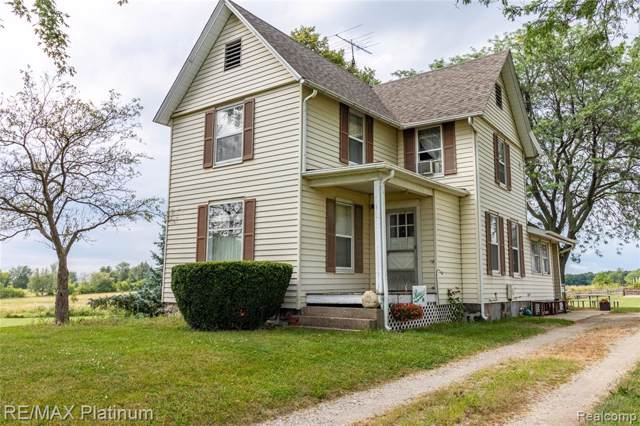 10371 Parshall Rd, Tyrone Twp, MI 48430 (#219080511) :: The Buckley Jolley Real Estate Team