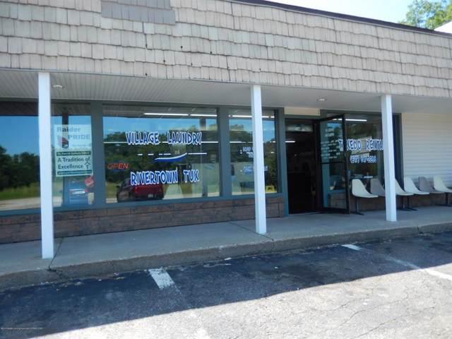 1130 E Grand River (Laundromat), Portland, MI 48875 (MLS #630000239610) :: The Toth Team