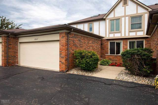 49617 Hamilton Ct #74, Shelby Twp, MI 48315 (#58031390275) :: The Alex Nugent Team | Real Estate One