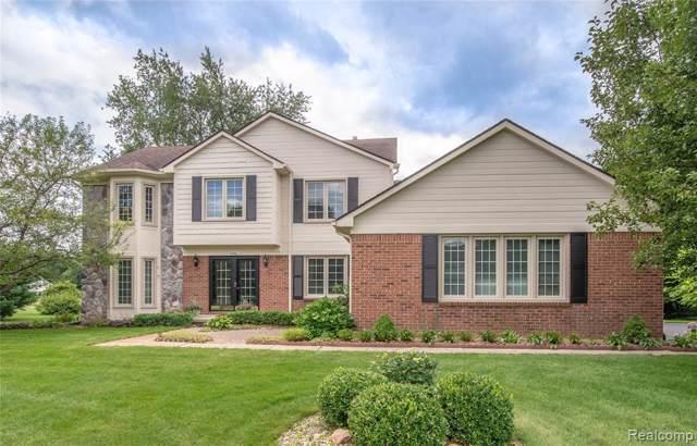 6446 Glendale Drive, White Lake Twp, MI 48383 (#219081362) :: The Buckley Jolley Real Estate Team