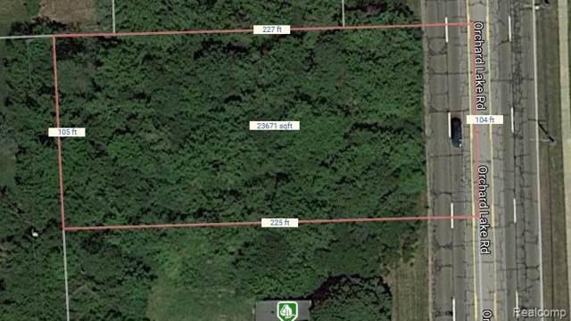 4740 Orchard Lake Road, West Bloomfield Twp, MI 48323 (#219081388) :: Team Sanford