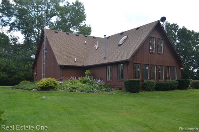 12335 Pine Grove Court, Holly Twp, MI 48442 (MLS #219081437) :: The Toth Team