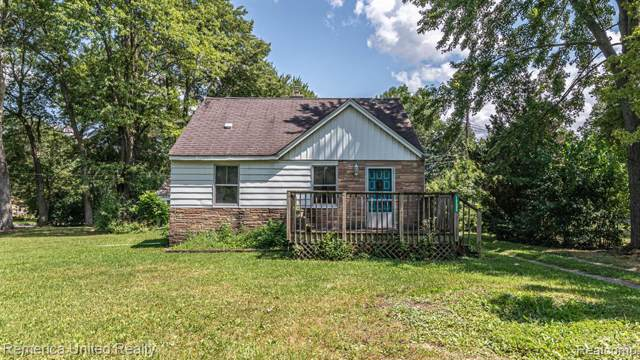 19590 Parkville Street, Livonia, MI 48152 (#219081454) :: RE/MAX Classic