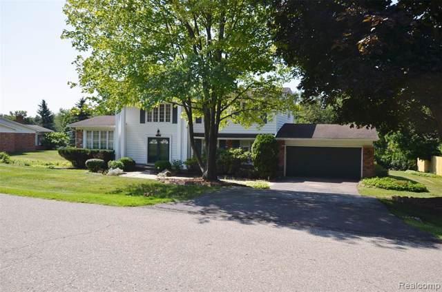 3107 Woodland Ridge Drive, West Bloomfield Twp, MI 48323 (#219081705) :: RE/MAX Classic