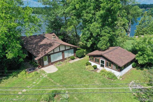 3421 Duffield Street, White Lake Twp, MI 48383 (#219081993) :: The Buckley Jolley Real Estate Team