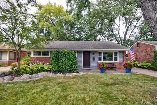 115 Essex Street, Clawson, MI 48017 (#219082007) :: Alan Brown Group