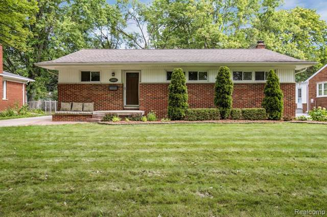 16996 Madoline Street, Beverly Hills Vlg, MI 48025 (#219082044) :: Keller Williams West Bloomfield