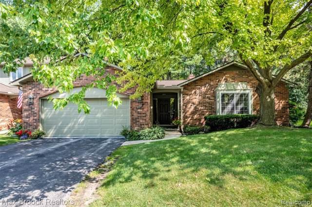 5580 N Adams Way, Bloomfield Twp, MI 48302 (#219082063) :: The Buckley Jolley Real Estate Team