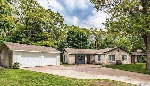 3550 Stone Street, Port Huron, MI 48060 (#219082242) :: The Buckley Jolley Real Estate Team