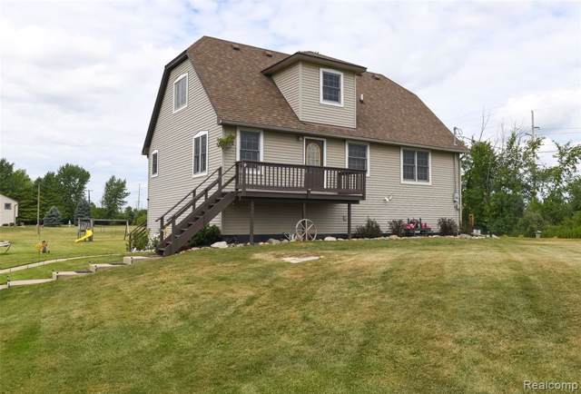 2016 Bristol Road, Imlay Twp, MI 48444 (#219082311) :: The Buckley Jolley Real Estate Team