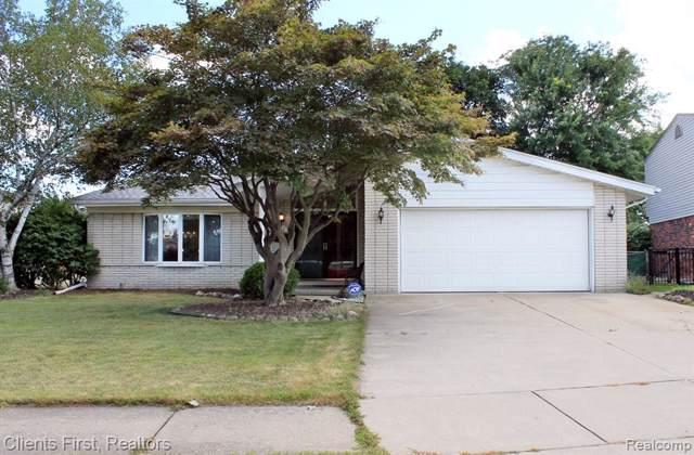 27161 Simone Street, Dearborn Heights, MI 48127 (#219082339) :: The Buckley Jolley Real Estate Team