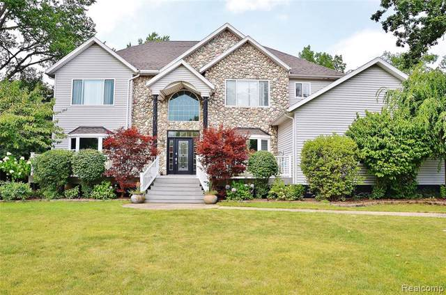23710 Chicory Road, Grosse Ile Twp, MI 48138 (#219082432) :: The Buckley Jolley Real Estate Team
