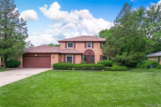 5466 W Bloomfield Lake Road, West Bloomfield Twp, MI 48323 (#219082534) :: RE/MAX Classic