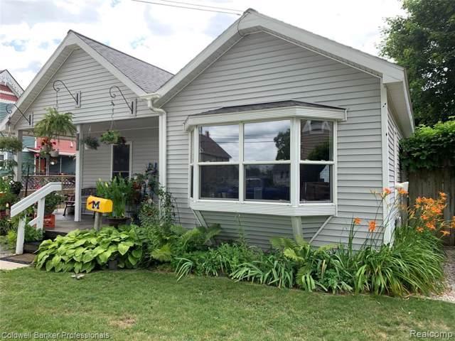 407 W Main Street, Durand, MI 48429 (#219082536) :: The Buckley Jolley Real Estate Team