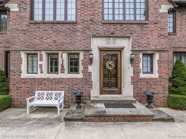 854 Edgemont Park, Grosse Pointe Park, MI 48230 (#219083177) :: The Buckley Jolley Real Estate Team