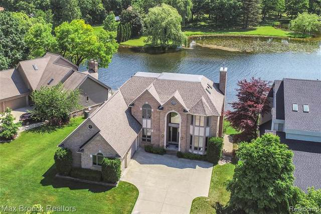 3654 Lakeshore Drive, Waterford Twp, MI 48329 (#219083223) :: The Buckley Jolley Real Estate Team