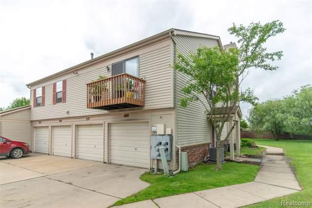 852 Oakwood Drive, Howell, MI 48843 (#219083532) :: The Buckley Jolley Real Estate Team