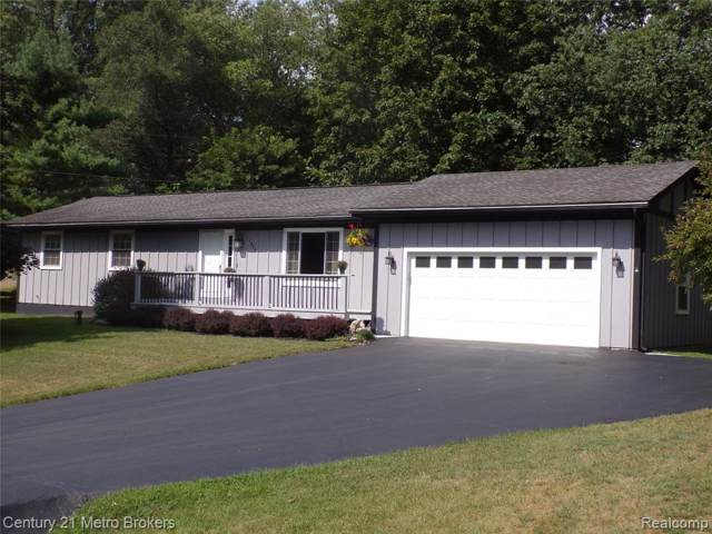 1964 Manorhaven Street, Brandon Twp, MI 48462 (#219083639) :: The Mulvihill Group