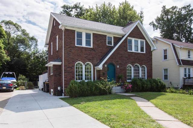 125 S Howell St, HILLSDALE CITY, MI 49242 (#62019039370) :: The Alex Nugent Team | Real Estate One