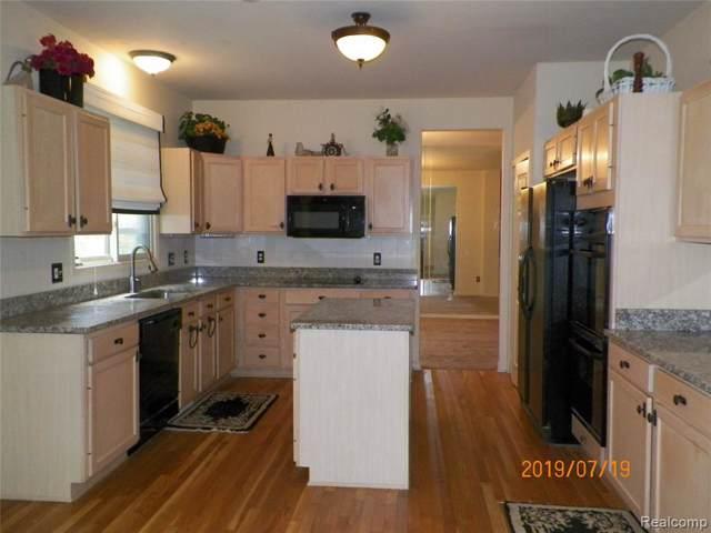 40592 Kingsley Lane, Novi, MI 48377 (#219083906) :: GK Real Estate Team