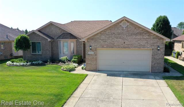 17530 Silver Maple Drive, Macomb Twp, MI 48044 (#219083938) :: Alan Brown Group
