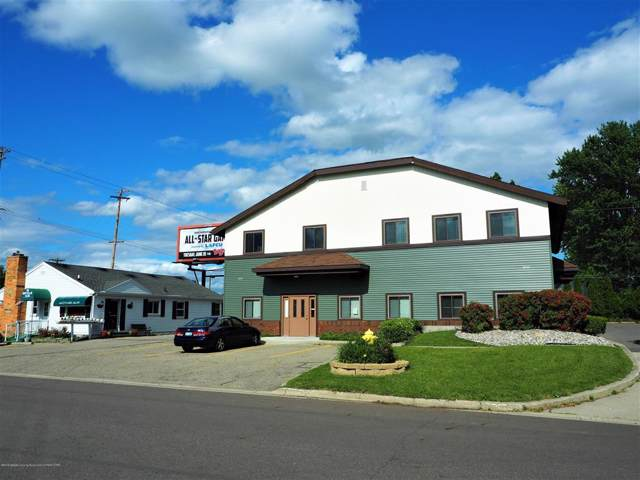 4517 W Saginaw Highway, Delta Twp, MI 48917 (#630000239929) :: The Mulvihill Group