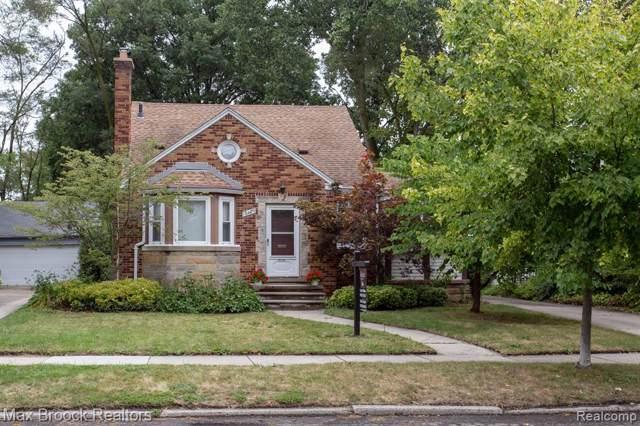 10124 Lasalle Boulevard, Huntington Woods, MI 48070 (#219084326) :: The Buckley Jolley Real Estate Team